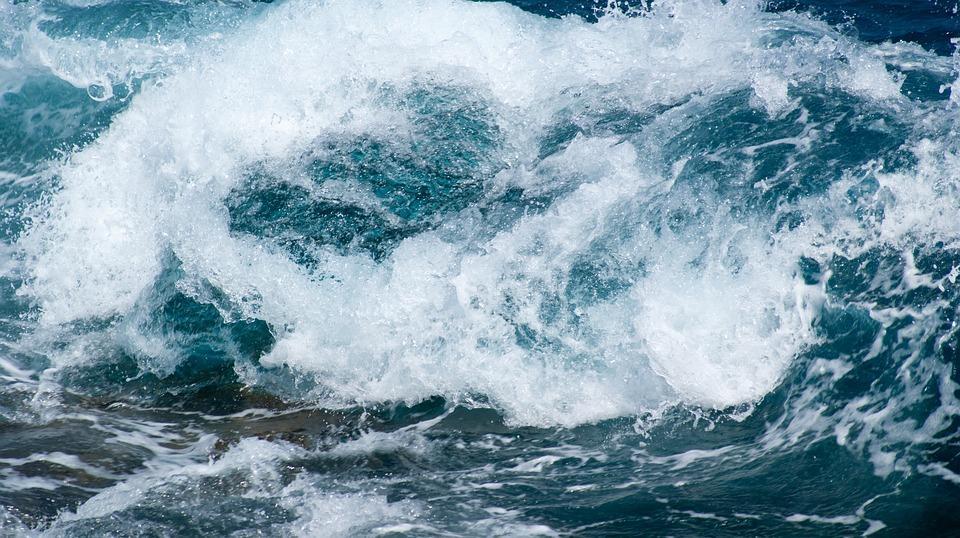 the-waves-2804538_960_720.jpg